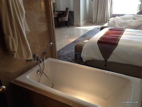 Hotel Review Tentrem Yogyakarta