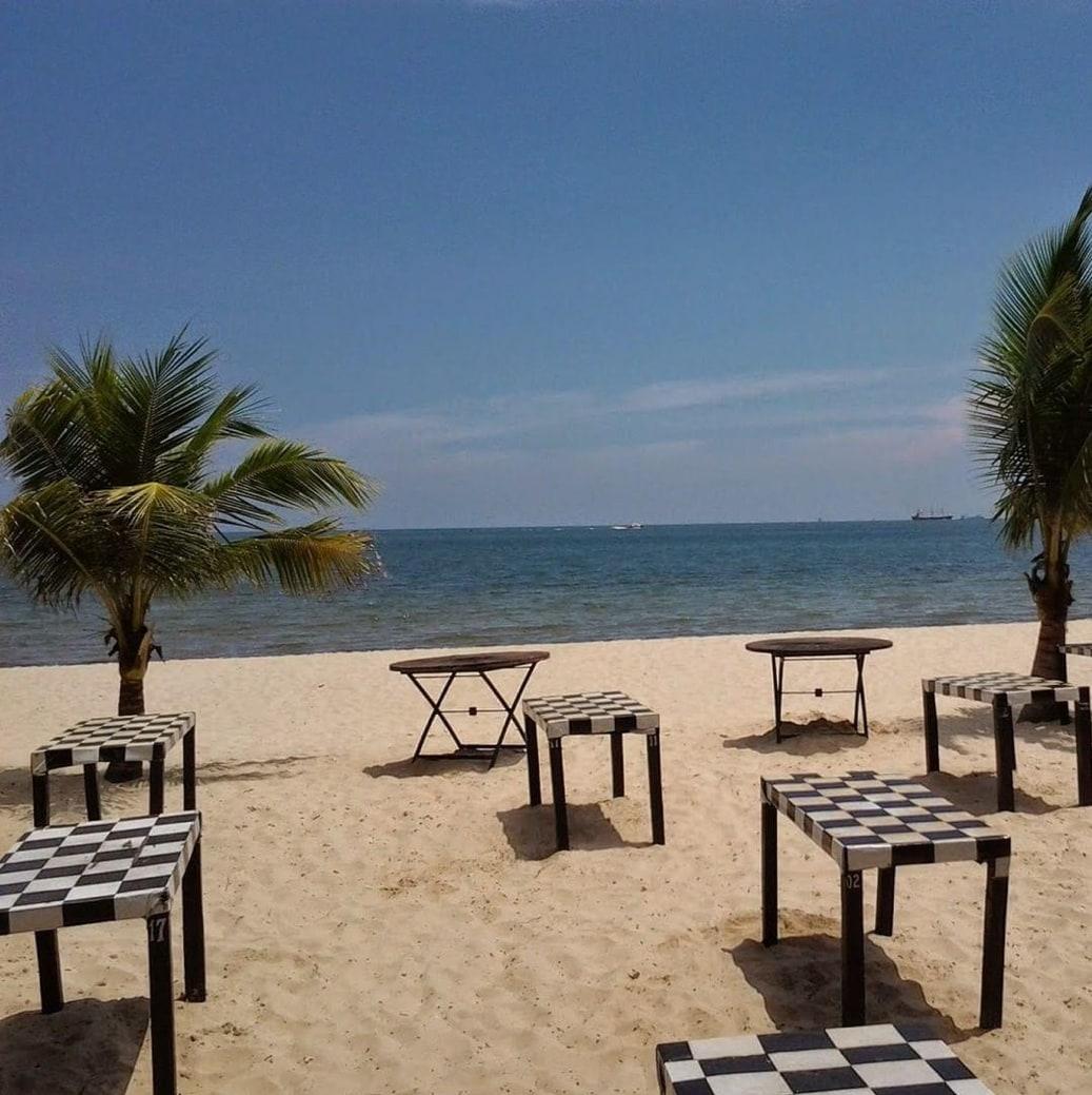Pantai Kemala, foto:@plesir_jalanjalan