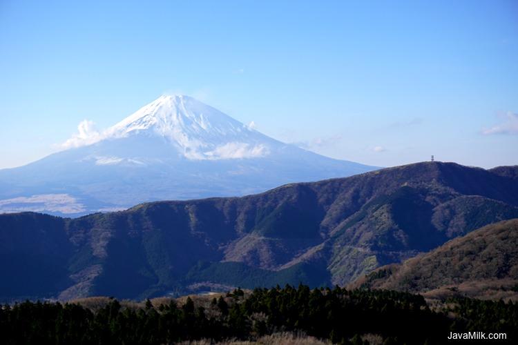 Gunung Fuji dilihat dari Hakone