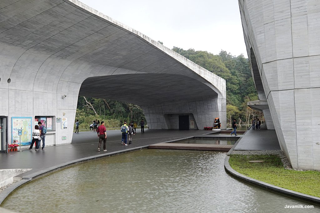 Xiangshan Visitor Center, design perpaduan alam dan man-made